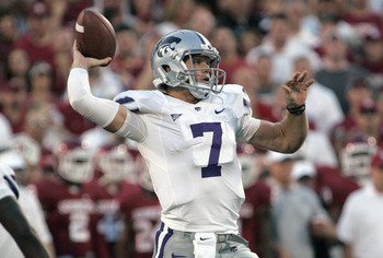NORMAN, OK - SEPTEMBER 22:  Quarterback Collin Klein #7 of the Kansas State Wildcats  throws against the Oklahoma Sooners on September 22, 2012 at Gaylord Family-Oklahoma Memorial Stadium in Norman, Oklahoma. (Photo by Brett Deering/Getty Images)