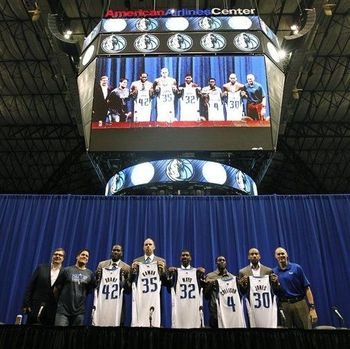 Newest guards O.J. Mayo and Darren Collison, No.  32 and No.  4.  Photo Credit: Espn.com