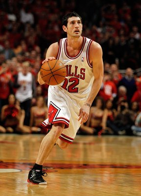 Hinrich is the starting point guard for now.