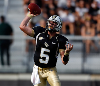 ORLANDO, FL - SEPTEMBER 15:  Quarterback Blake Bortles #5 of the Central Florida Knights throws a pass against the Florida International Panthers during the game at Bright House Networks Stadium on September 15, 2012 in Orlando, Florida.  (Photo by J. Mer