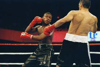 Antonio Nunez lasted three round with Money.