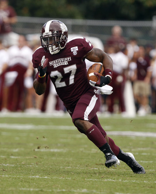 STARKVILLE, MS - SEPTEMBER 08:  Running back LaDarius Perkins #27 of the Mississippi State Bulldogs in the first quarter of a NCAA college football game against the Auburn Tigers on September 8, 2012 at Davis Wade Stadium in Starkville, Mississippi. (Phot