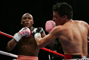 Baldomir had enough to beat Zab Judah, but Mayweather was a whole different story.