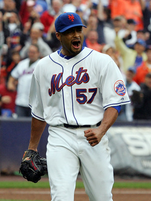 Santana walking off the mound during a shutout of the Marlins to keep the Mets playoff hopes alive on September 27, 2008
