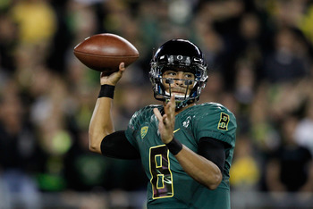 Mariota is looking to keep Oregon undefeated