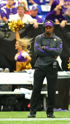 Minnesota's win over the Detroit Lions gave Leslie Frazier his first win over an NFC North foe as a head coach.
