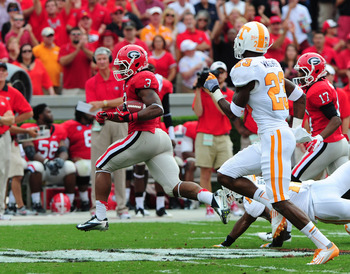 ATHENS, GA - SEPTEMBER 29: Todd Gurley #3 of the Georgia Bulldogs runs for a 51 yard touchdown against the Tennessee Volunteers at Sanford Stadium on September 29, 2012 in Athens, Georgia. (Photo by Scott Cunningham/Getty Images)