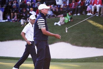 Steve Stricker misses crucial par putt on 17th hole to go one down en route to losing match to Martin Kaymer.