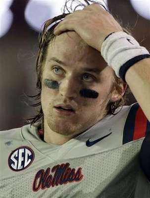 Ole Miss QB Bo Wallace (AP photo Dave Martin)