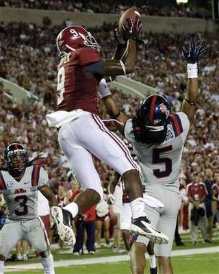 Alabama WR Amari Cooper (AP Photo Dave Martin)