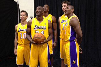 Photo via Los Angeles Lakers