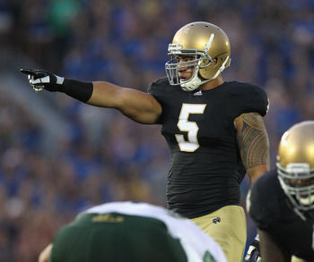 Manti Te'o is calling the shots on Notre Dame's defense.