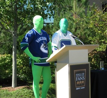 Image via Facebook.com/canucksgreenmen