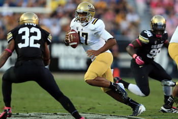 Brett Hundley could help lead the Bruins up in the polls.