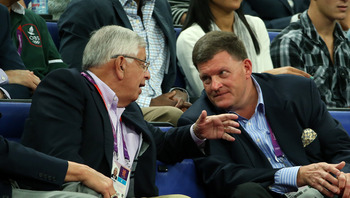 Oklahoma City Thunder owner Clayton Bennett ( r) chats with David Stern.