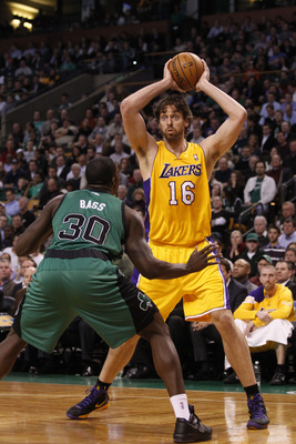 Pau Gasol (right) should have no problems exploiting Brandon Bass (left)