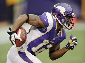 MINNEAPOLIS, MN - SEPTEMBER 9: Percy Harvin #12 of the Minnesota Vikings carries the ball during the season opener against the Jacksonville Jaguars on September 9, 2012 at Mall of America Field at the Hubert H. Humphrey Metrodome in Minneapolis, Minnesota