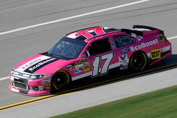 Matt Kenseth needs a strong finish from his pink race car at Talladega.