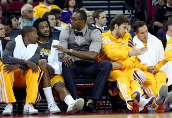 Duhon spent more time on the bench than he would have liked Sunday against GS. (AP Photo/Gary Kazanjian)