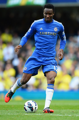 LONDON, ENGLAND - OCTOBER 06:  John Obi Mikel of Chelsea in action during the Barclays Premier League match between Chelsea and Norwich City at Stamford Bridge on October 6, 2012 in London, England.  (Photo by Mike Hewitt/Getty Images)