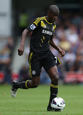 LONDON, ENGLAND - SEPTEMBER 15: Ramires of Chelsea in action during the Barclays Premier League match between Queens Park Rangers and Chelsea at Loftus Road on September 15, 2012 in London, England.  (Photo by Julian Finney/Getty Images)
