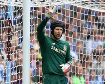 BIRMINGHAM, ENGLAND - AUGUST 12:  Petr Cech of Chelsea issues instructions during the FA Community Shield match between Manchester City and Chelsea at Villa Park on August 12, 2012 in Birmingham, England.  (Photo by David Rogers/Getty Images)