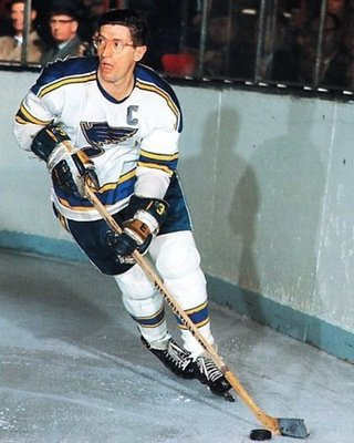 Source: http://icehockey.wikia.com/wiki/Al_Arbour