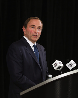 Is the commissioner overstating the unity among the NHL owners?