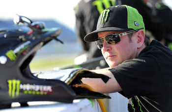 How will Kurt Busch fit in at his new Furniture Row home?