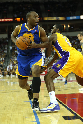 Carl Landry plays in Golden State's Oct. preseason game against the Los Angeles Lakers.
