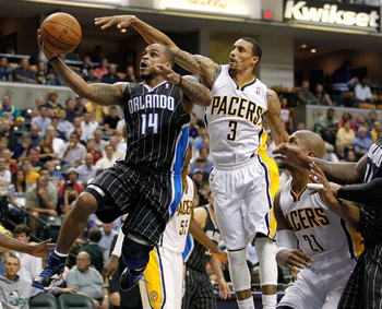 Jameer Nelson goes for the layup against the Pacers.