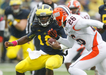 Denard Robinson embarrassed Illinois' defense Saturday in Michigan's 45-0 victory.