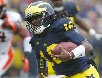 Michigan senior Denard Robinson can propel his team to glory.