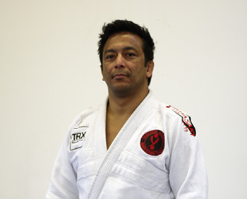 via http://www.grappling.com/about/fernando-yamasaki/