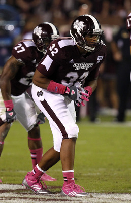 STARKVILLE, MS - OCTOBER 13:  Tight end Marcus Green #32 of the Mississippi State Bulldogs lines up for the snap against the Tennessee Volunteers on October 13, 2012 at Davis Wade Stadium in Starkville, Mississippi. (Photo by Butch Dill/Getty Images)