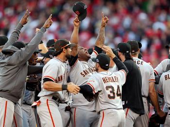 The Giants shocked the Reds, sweeping the final three games.