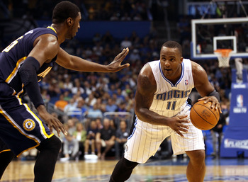 Glen Davis dribbles in Game 4 of Orlando's 2012 playoff series against the Pacers.