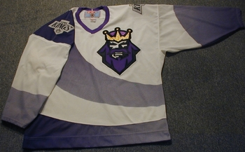 Kingsburgerkingjersey_display_image