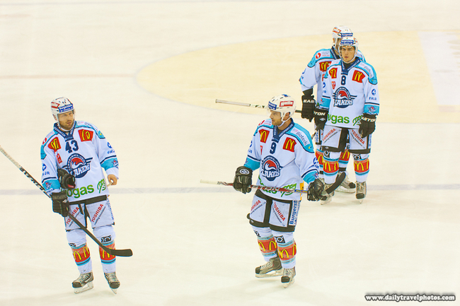 111124_rapperswil-jona_lakers_team_jerseys_advertisements_swiss_ice_hockey_img_31481_original_crop_650