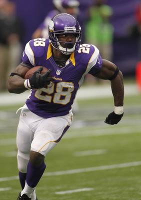 MINNEAPOLIS, MN - SEPTEMBER 09: Adrian Peterson #28 of the Minnesota Vikings during opening day against Jacksonville Jaguars on September 9, 2012 at Mall of America Field at the Hubert H. Humphrey Metrodome in Minneapolis, Minnesota. The Vikings defeated