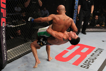 Demetrious Johnson's small stature put him at a major disadvantage against Dominick Cruz.