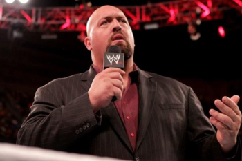 Big Show makes a heel turn. (Photo Credit: WWE.com)
