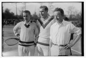 Bill Tilden (center) Photo at Library of Congress