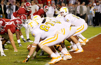 TUSCALOOSA, AL - OCTOBER 22:  Justin Worley #14 of the Tennessee Volunteers against the Alabama Crimson Tide at Bryant-Denny Stadium on October 22, 2011 in Tuscaloosa, Alabama.  (Photo by Kevin C. Cox/Getty Images)