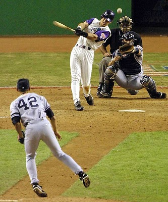 Rivera-2001world-series_display_image