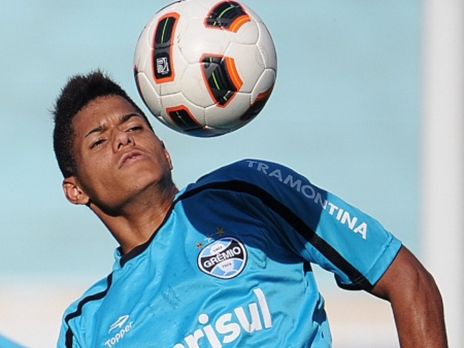 Leandro-gremio-450x3381_crop_650