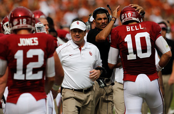 Bob Stoops and his Oklahoma Sooners are slowly coming back into the title picture.
