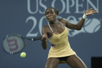 Venus wins her first US Open in 2000