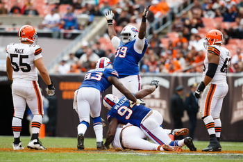 Dareus celebrates a sack in Cleveland