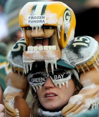 GREEN BAY, WI - JANUARY 15:  Green Bay Packers Fans attend the NFC Divisional playoff game between the Green Bay Packers and the New York Giants at Lambeau Field on January 15, 2012 in Green Bay, Wisconsin.  (Photo by Jamie Squire/Getty Images)